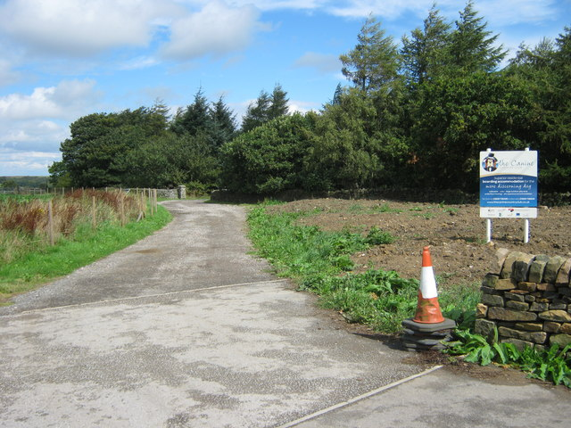 Entrance drive to The Canine Country Club Derbyshire