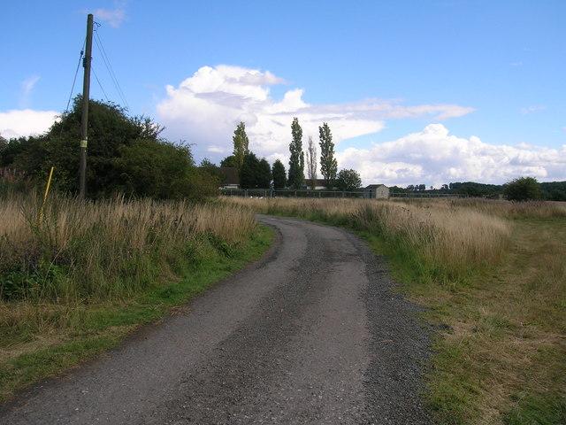 Track to Cumwell Fields