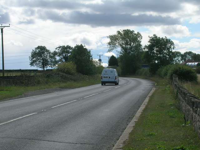 Cumwell Lane heading south