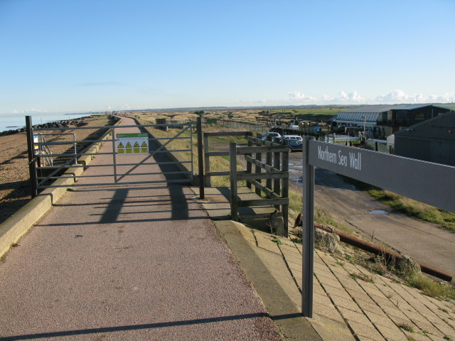 Northern Sea Wall beyond Reculver