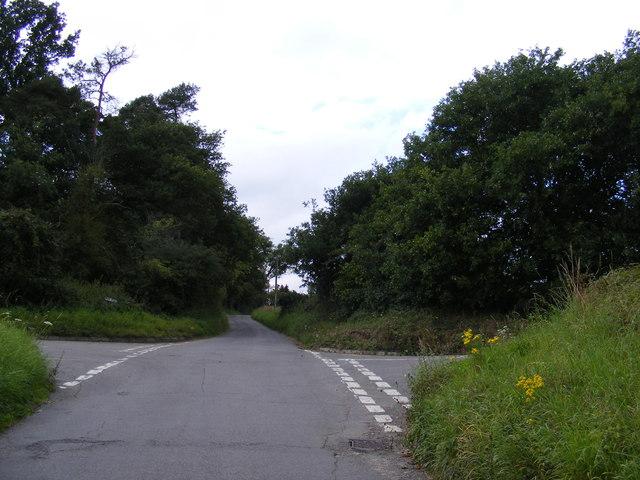 Lower Road crossroads