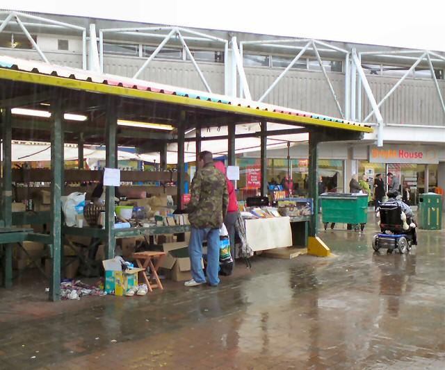 Rainy day on Hyde Market