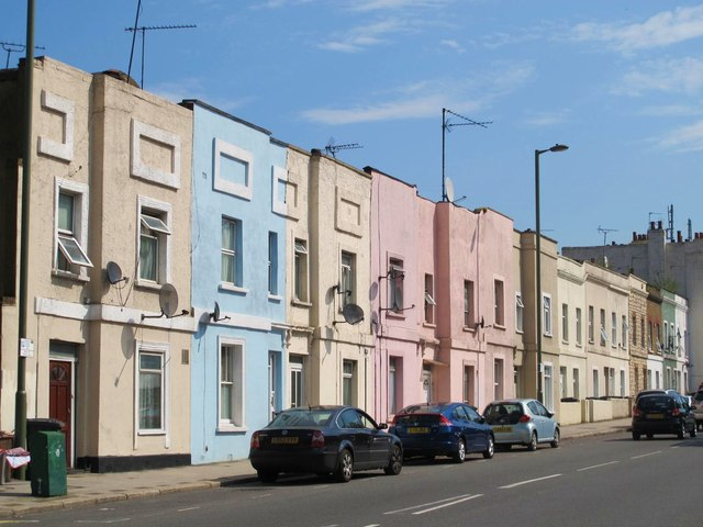 Terraced houses on Cricklewood Lane, NW2