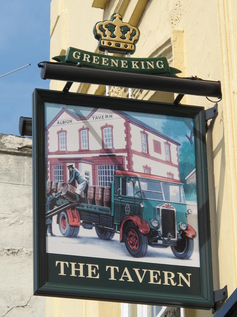 (East-facing) sign for The Tavern, Cricklewood Lane, NW2