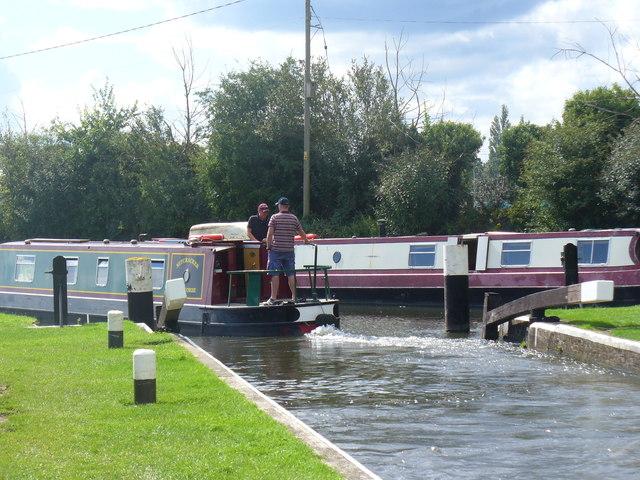 Narrowboat Leaving Stoke Lock