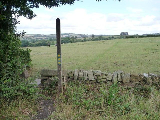 Footpath marker, Bilham Road