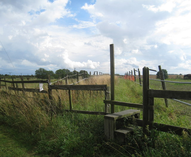 Stile and footpath at South Killingholme