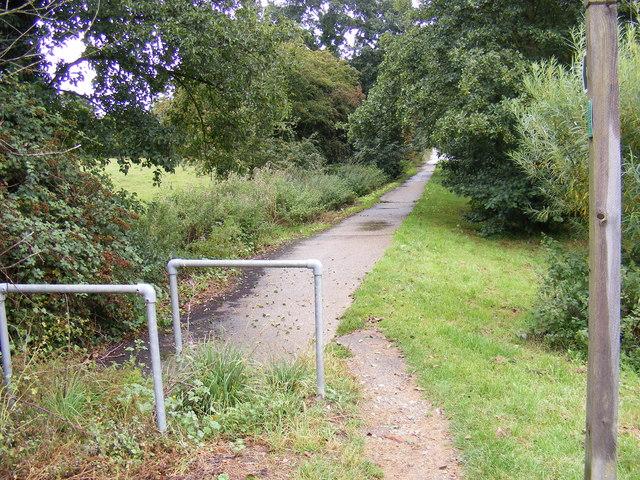 Footpath to Blyth Road & Blyth Road Industrial Estate