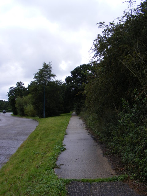 Footpath to the A144
