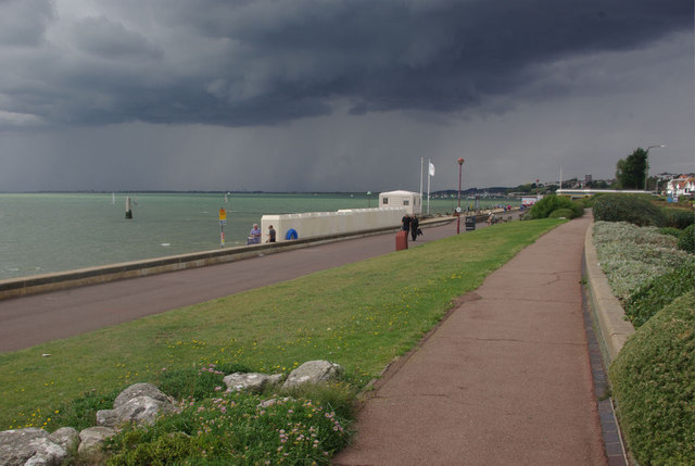 Chalkwell seafront