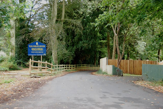 Entrance to Wolverley House