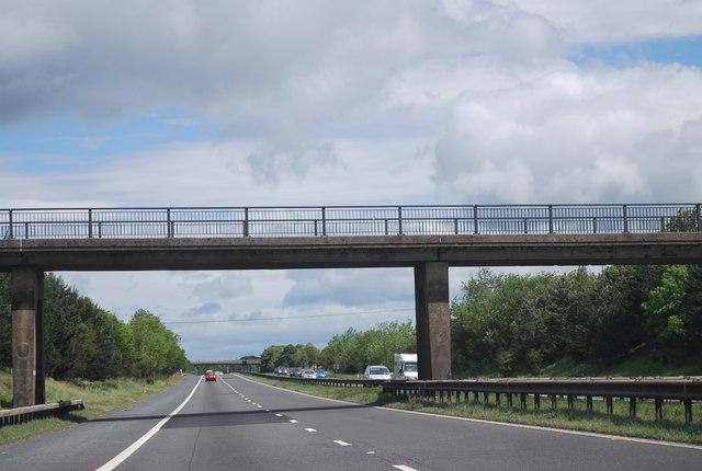 Footbridge over the A1(M) near Stanley Farm