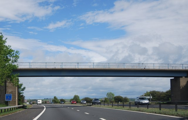 Bridge over the A1(M) north of junction 60