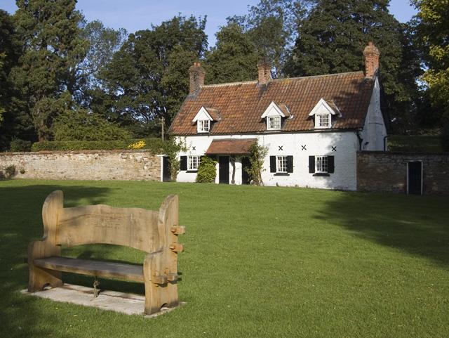 Cottage on the green, Bishop Burton