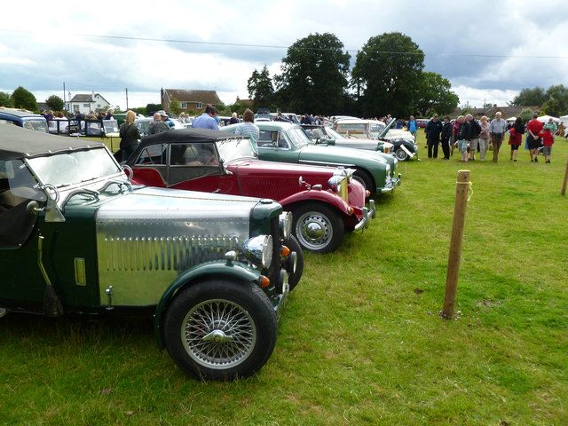 Frogham, classic cars