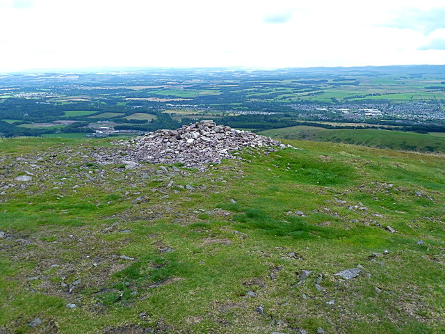At the summit of Turnhouse Hill