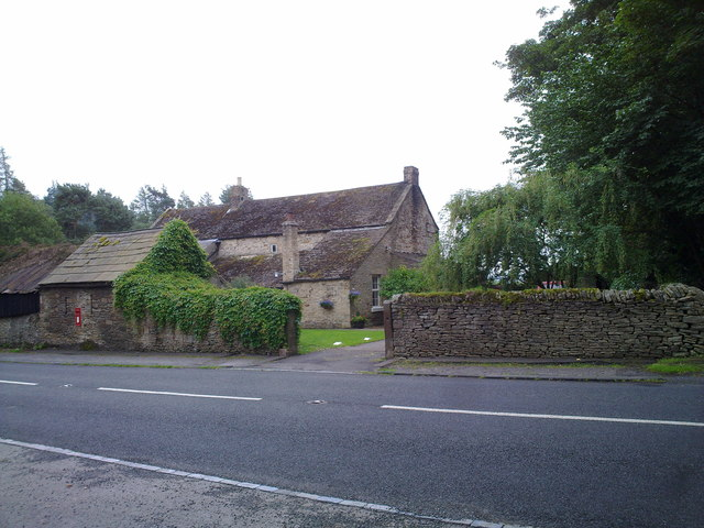 Old buildings at Snods Edge