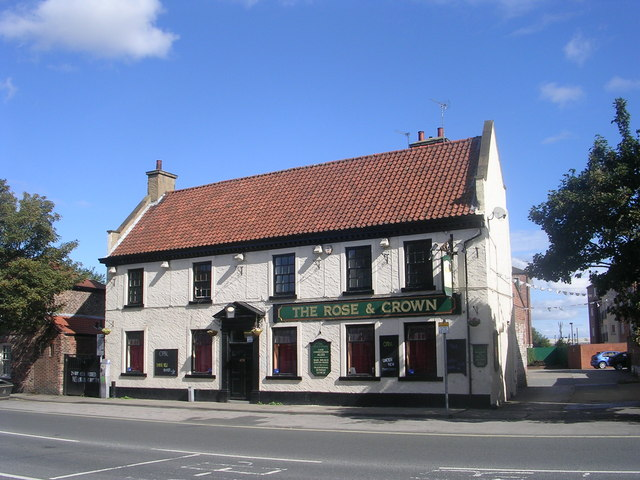 The Rose & Crown - Lawrence Street