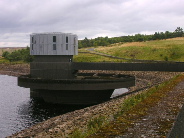 Valve tower and overflow at Grimwith reservoir