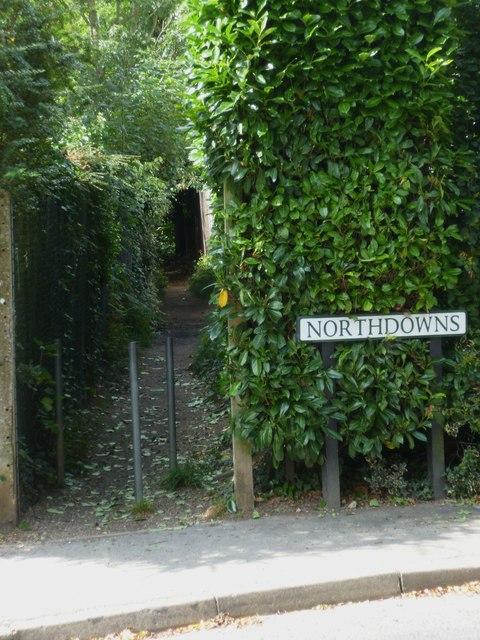 Twitten off Northdowns in Cranleigh