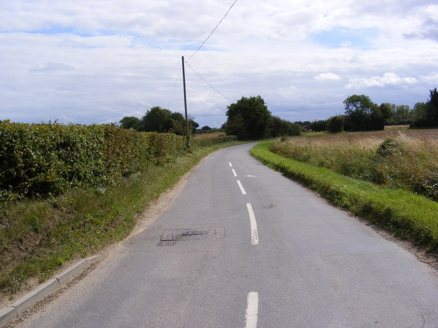 The road to Russel's Green, Barley Green