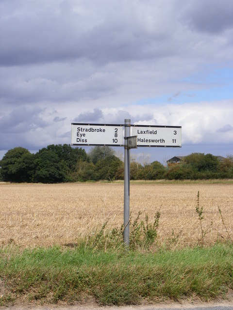 Roadsign on the B1117 Laxfield Road
