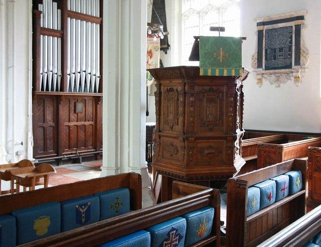 St Michael, Bishops Stortford - Pulpit