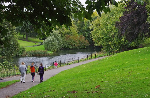Path By Lake In Phoenix Park Dublin 169 P L Chadwick Cc By