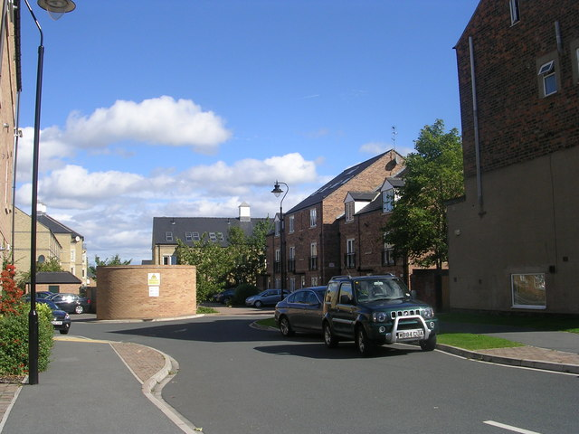 Manor Court - Lawrence Street