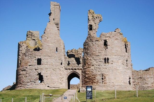 Dunstanburgh Castle - gatehouse