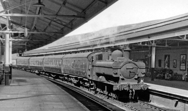 Swansea High Street Station, with a GW 0-6-0PT bringing in empty stock