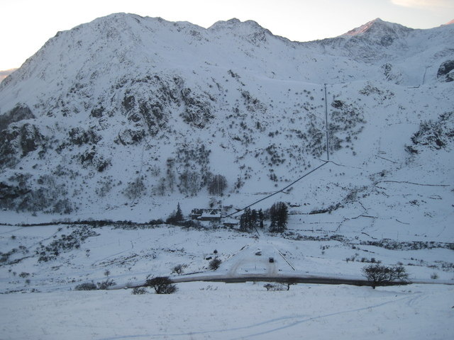 Christmas Day 2010: Looking towards Snowdon and the Cwm Dyli pipeline