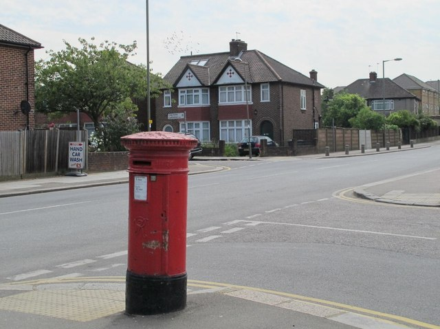Claremont Road / Brent Terrace, NW2 (2)