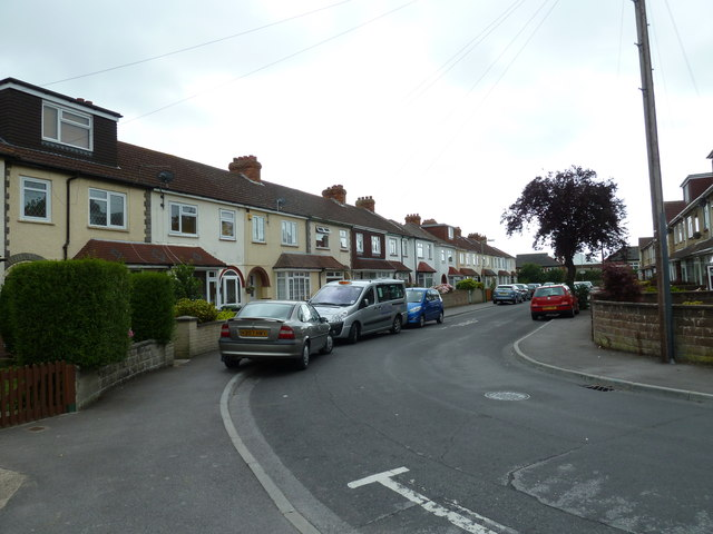 Bend in Whitworth Close