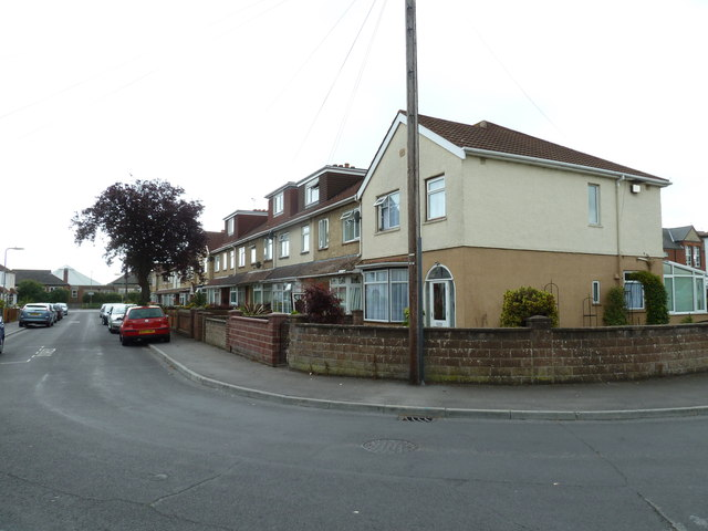Houses in Whitworth Close