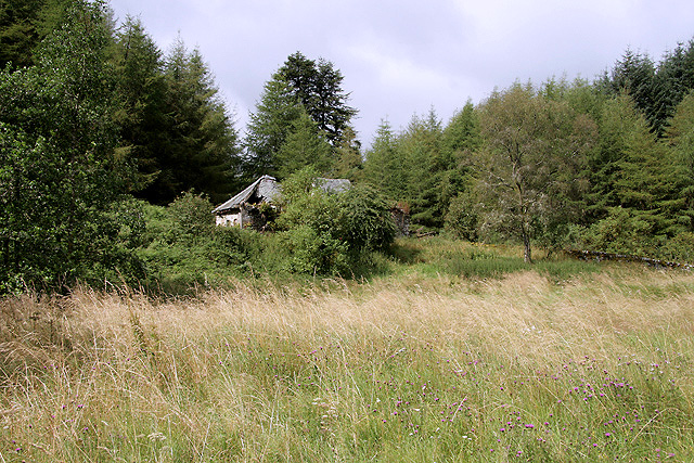 The abandoned building at Loganhead