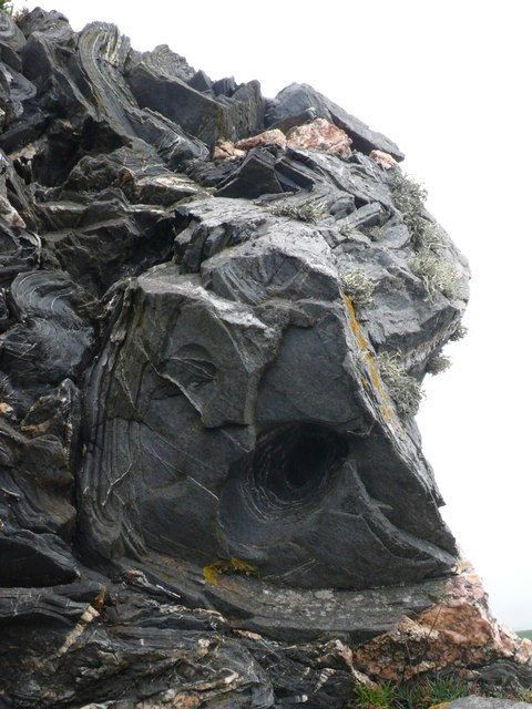 Geological feature on Penally Point, Boscastle