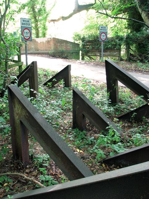 Tank traps, Narford