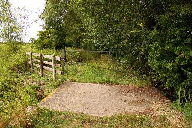 Bridleway to Marcham Mill