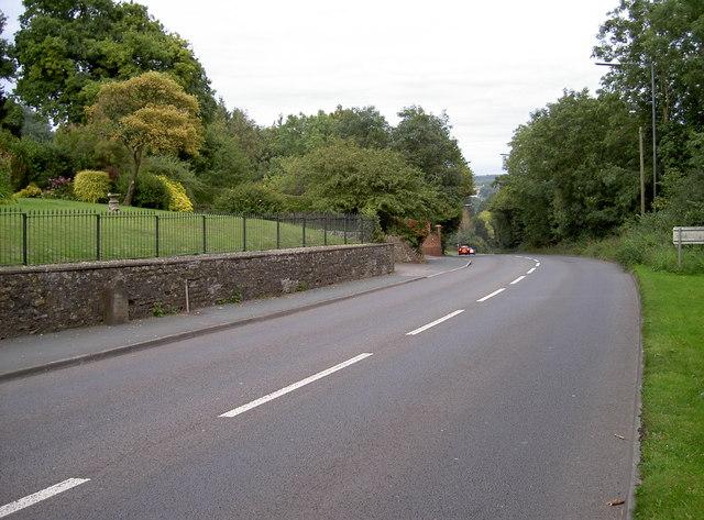 A420 London Road, Wick