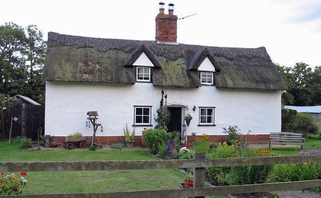Cottage near Mark Wood