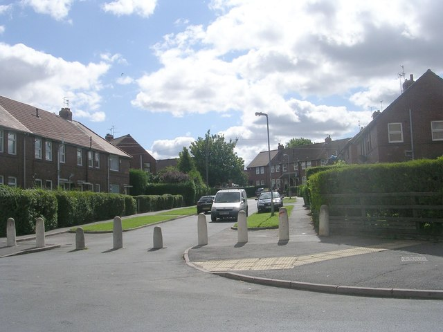 Woolnough Avenue - Hadrian Avenue