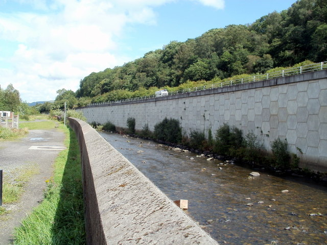 River Neath and the A465, Glynneath