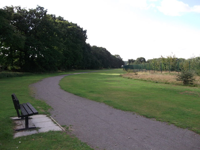 Footpath to Bromley Common Recreational Ground