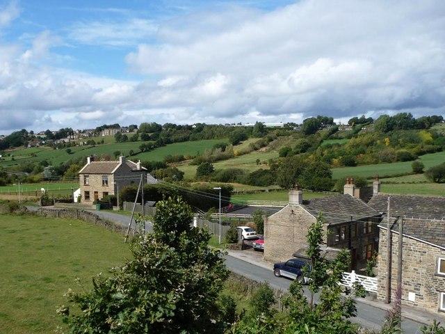 Barncliffe Dike Farm and the start of Long Moor Lane