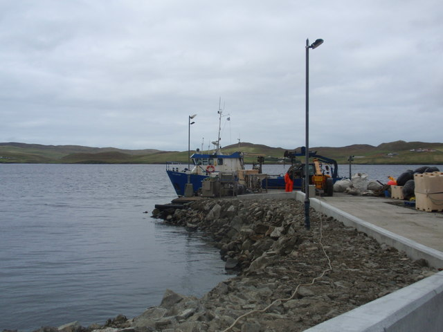 Mussel boat at Sparl Pier
