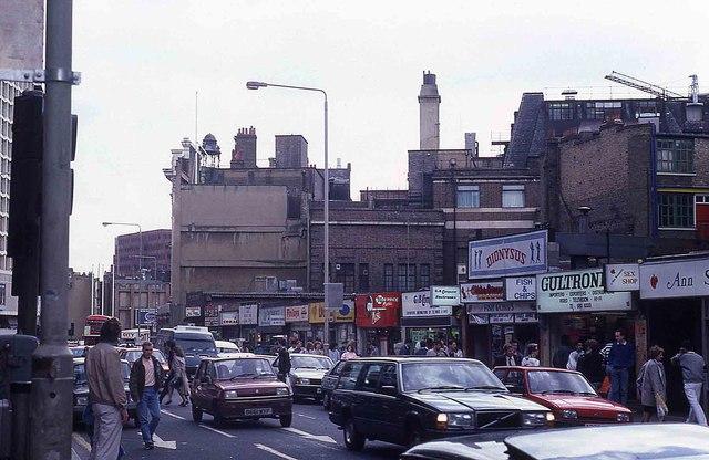 Tottenham Court Road in 1987