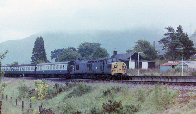 Class 37 at Fort William, 1981