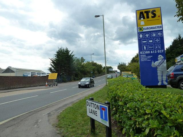 Junction of Dutton Lane and Bishopstoke Road