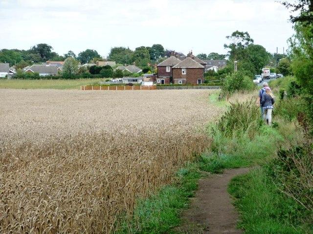 Walking into Barwick in Elmet
